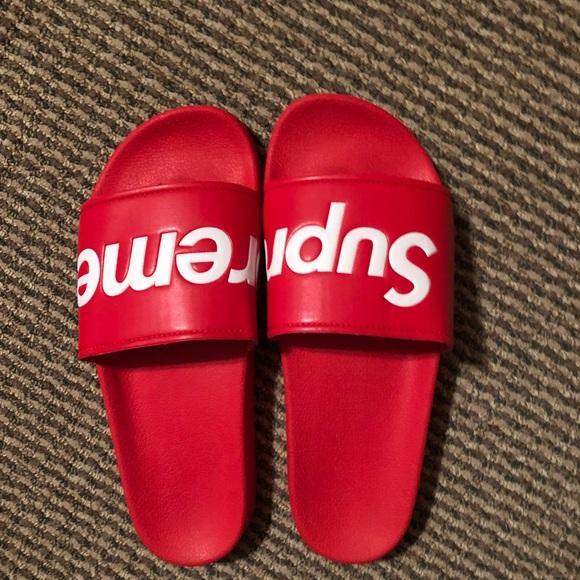5bfcd180c1d1 Supreme flip flops